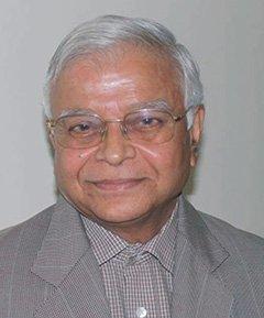 Dr Anil Karapurkar